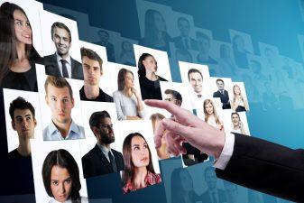 Comment-recruteurs-peuvent-beneficier-recherche-medias-sociaux